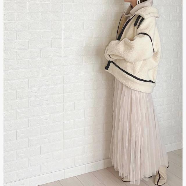 ファッショントレンド_パイピングアウター